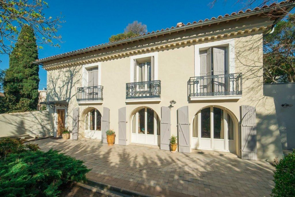 Vente A Vendre Montpellier Beaux Arts Maison De Maitre 7 Pieces 250 M2 Hab 1184 M2 Terrain Piscine